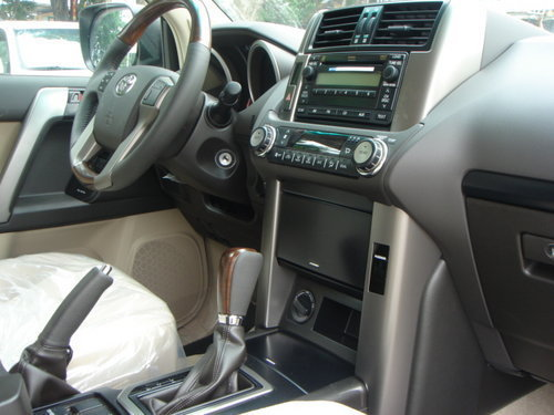 2011款丰田霸道2.7 4.0中东版 天津热销高清图片