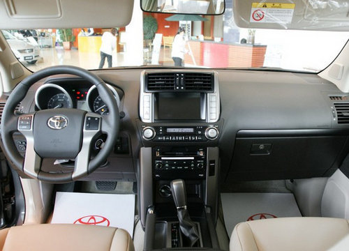 进口丰田普拉多(霸道)4000-2011款丰田霸道2700 4000 天津现车优高清图片