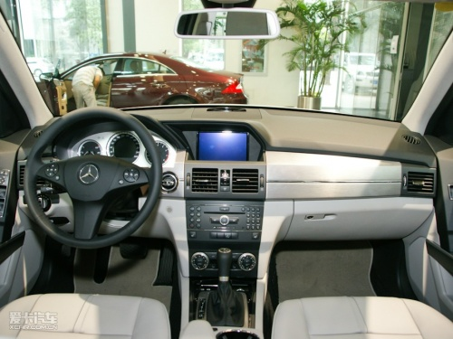 奔驰 2010款奔驰glk 高清图片