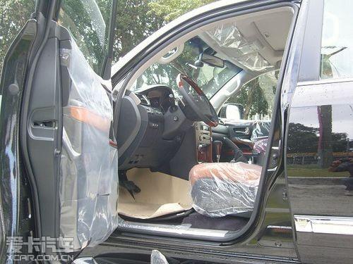 雷克萨斯lx570展厅现车十月特惠全国最低 高清图片