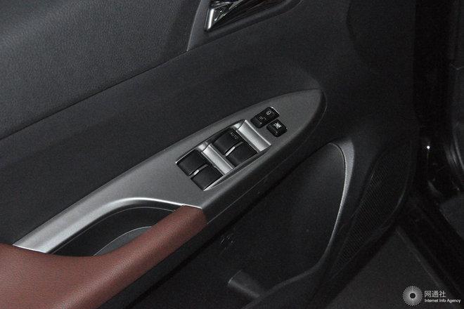 左前车窗控制
