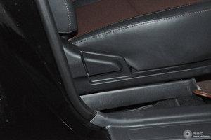 比亚迪F3 副驾座椅调节