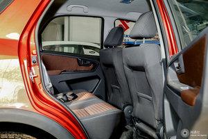天语SX4两厢              后排空间