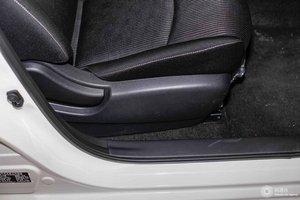 日产骐达 副驾座椅调节