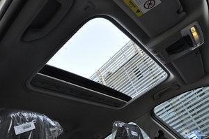 宝马3系 车内天窗