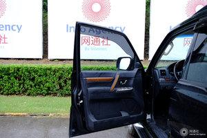 进口三菱帕杰罗 左前车门