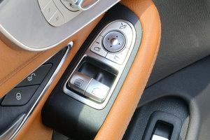 进口奔驰C级 左前车窗控制