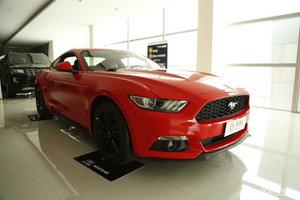 福特Mustang            右前45°
