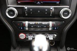 进口福特Mustang 音响调节