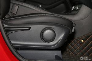 进口奔驰B级 副驾座椅调节