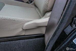日产NV200 主驾座椅调节