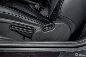 MINI 3门版 主驾座椅调节
