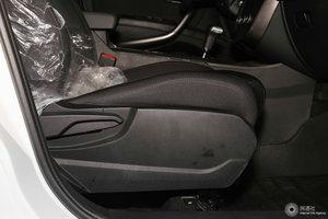 奔腾X80 副驾座椅调节