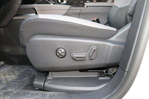 雪铁龙SUV天逸 主驾座椅调节
