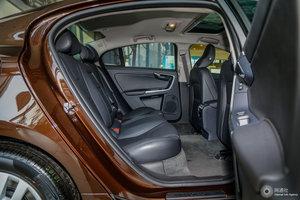 沃尔沃S60L 后排座椅