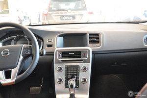 沃尔沃S60L 中控台