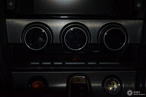 进口捷豹F-Type 音响调节
