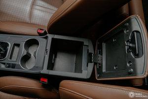 比亚迪S7 中央扶手储物空间