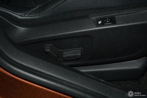DS 6 副驾座椅调节