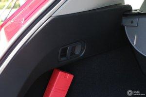 马自达CX-5 车内开关门把手