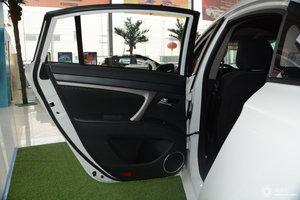 海马M6                 左后车门储物空间