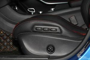 进口奔驰A级AMG 主驾座椅调节
