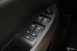 一汽骏派D60 左前车窗控制