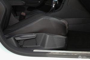 进口大众高尔夫GTE 副驾座椅调节