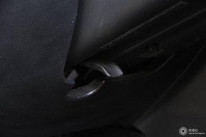 昂克赛拉两厢 方向盘调节