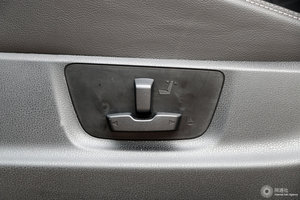 五十铃D-MAX 主驾座椅调节