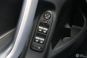 雪铁龙C3-XR 左前车窗控制