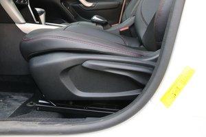 雪铁龙C3-XR 主驾座椅调节