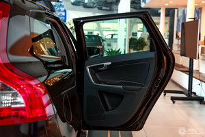 沃尔沃XC60 右后车门