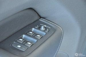 沃尔沃XC60 外后视镜调节控制