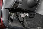 英菲尼迪QX50 油门刹车踏板