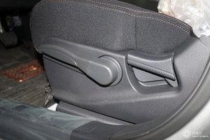风度MX6 主驾座椅调节