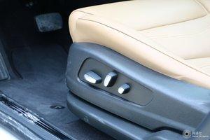 凯迪拉克XT5 主驾座椅调节