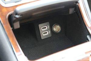 林肯大陆 车内电源接口(点烟器)