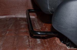 比亚迪宋 左前座椅调节