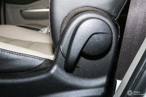 风行S500 主驾座椅调节