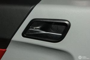 众泰E200 车门扣手