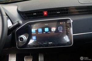 众泰E200 中央显示屏