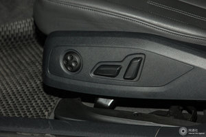 进口奥迪A4 主驾座椅调节