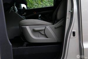 瑞风M4 主驾座椅调节