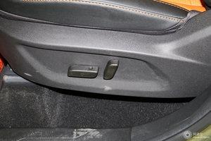 凯翼X5 主驾座椅调节