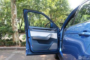 众泰大迈X7 左前车门