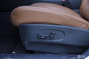 风度MX5 主驾座椅调节