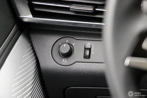 上汽大通D90 外后视镜调节控制
