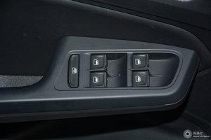 大众凌渡GTS 左前车窗控制