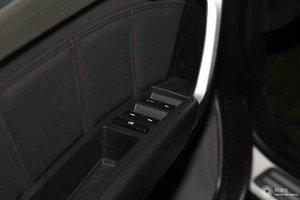 吉利远景SUV              左前车窗控制